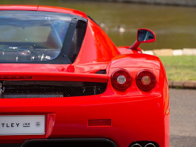 Ferrari-Enzo-35