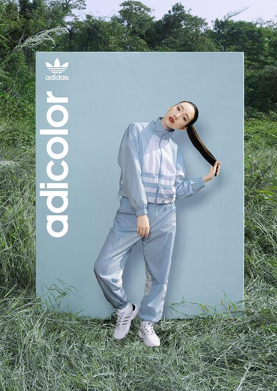 adidas_adicolor_lightblue