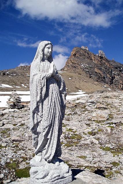 Incongrue, en Valais (Suisse)