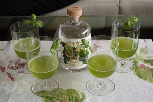 Alkoholfreier Cocktail: Wonderleaf Basil Smash