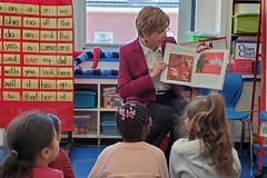 Rep. Zawistowski celebrates Read Across America with students at Poquonock School.