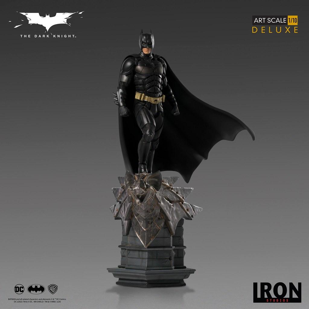 不朽的貝爾版蝙蝠俠再臨! Iron Studios《黑暗騎士》蝙蝠俠 Batman Deluxe 1/10 比例全身雕像