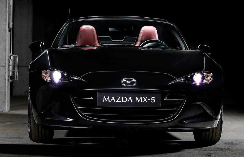 mazda-mx-5-eunos-edition  (11)