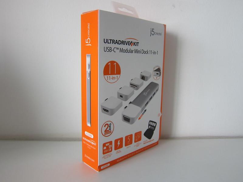 j5create UltraDrive Kit USB-C Multi-Display Modular Dock (JCD389) - Box