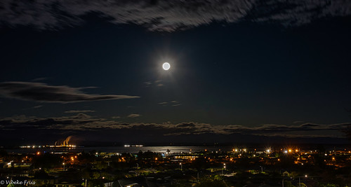 fullmoonsetting myview nelson nelsonprovince newzealand