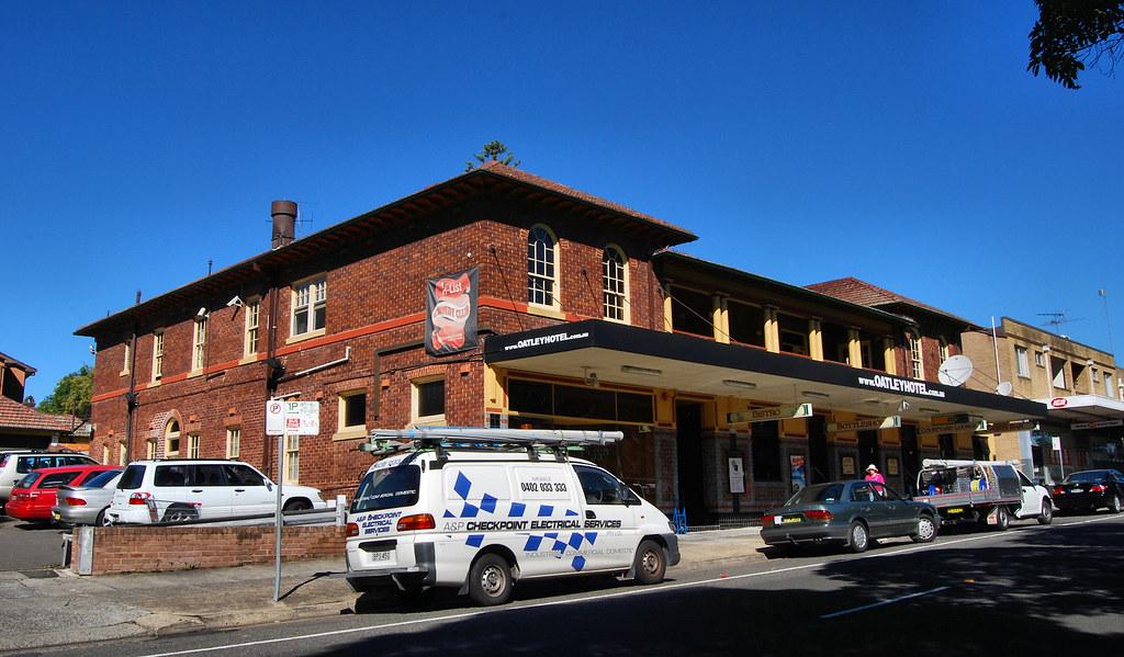 Oatley Hotel, Oatley, Sydney, NSW.