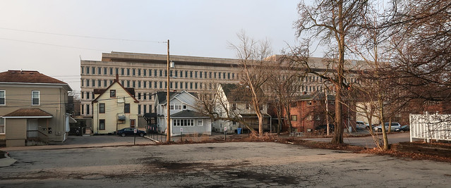 Lineup of RESIDENCES IN CLOSE PROXIMITY TO GOVERNMENT OFFICES of the state government of Michigan.