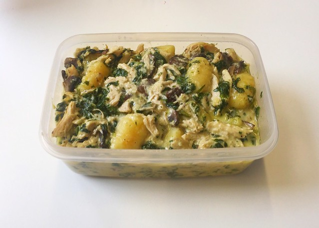 Chicken gnocchi with mushrooms & spinach - Lefteovers / Hähnchen-Gnocchi mit Champignons & Spinat  - Resteverbrauch