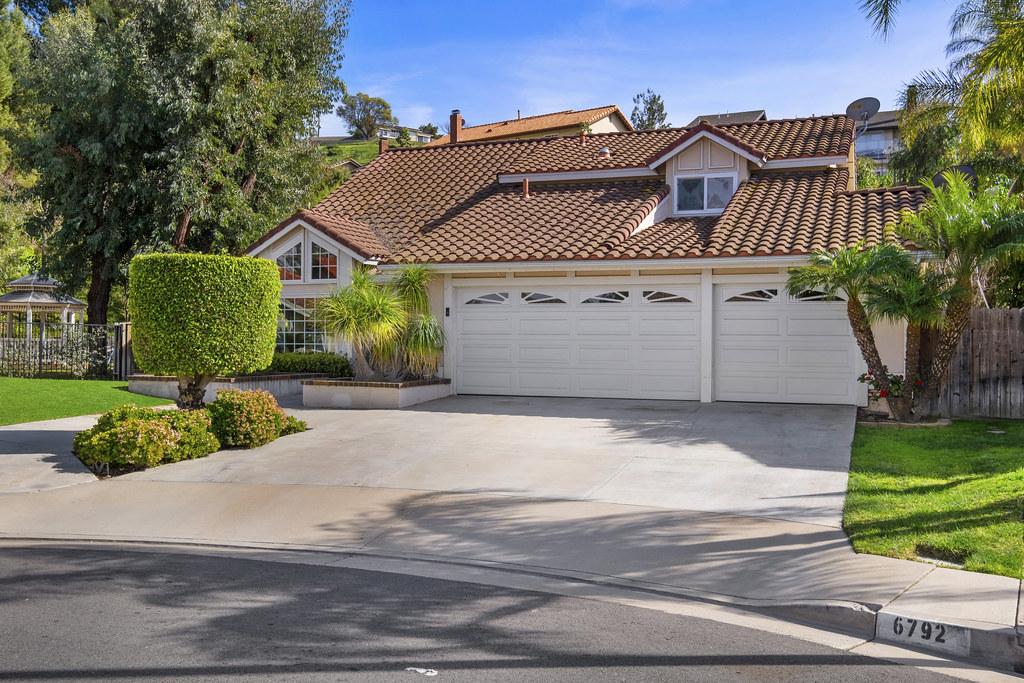 6792 E Leafwood Drive, Anaheim Hills