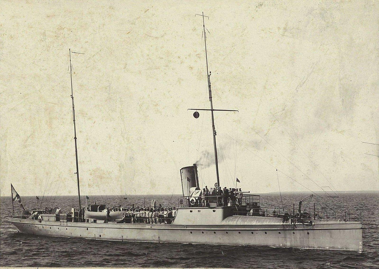 Корабль в море (2)