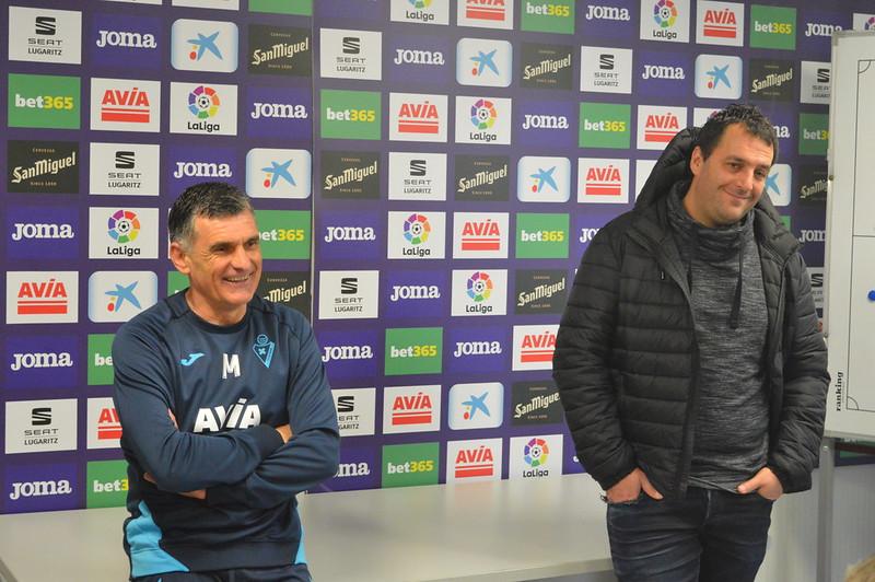 Day 5 | SD Eibar Head Coach José Luis Mendilibar & Analyst Andoni Azkargorta hold a Q&A session 1