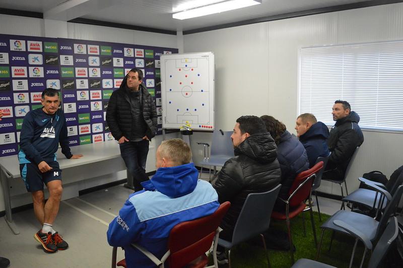 Day 5 | SD Eibar Head Coach José Luis Mendilibar & Analyst Andoni Azkargorta hold a Q&A session 2