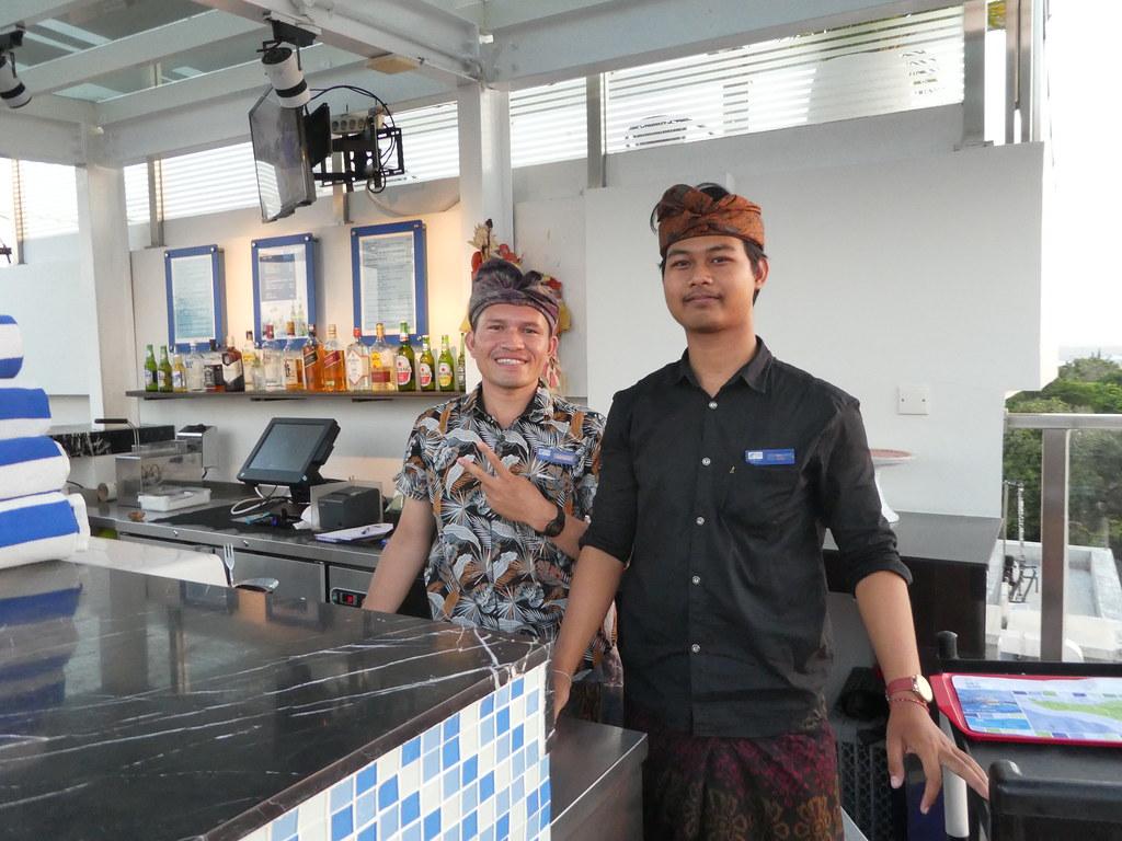 Holiday Inn Express Bali rooftop pool