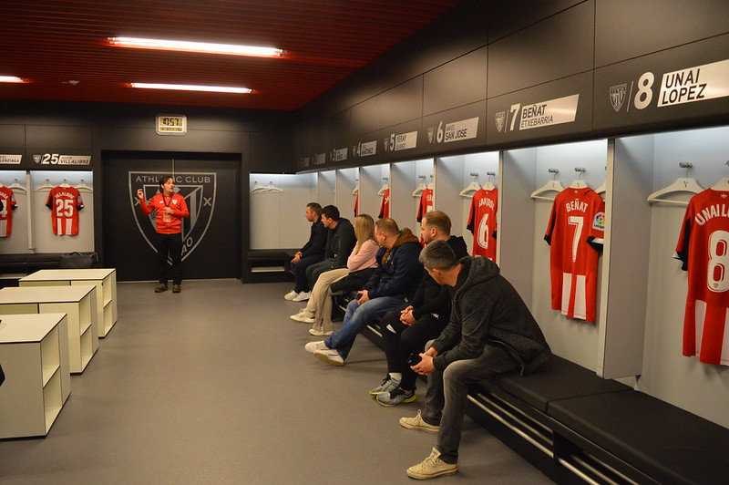 Day 3 | The Coaches experience a guided tour of the San Mamés Stadium 5