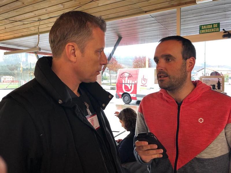 Day 1 | Jason Pearcey shares knowledge with Athletic Bilbao Women's Goalkeeper Coach Manex Sagarna