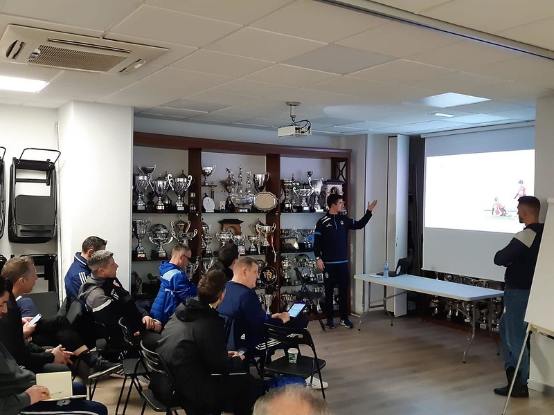 Day 2 | Danok Bat CF Coach Julen Santisteban delivers a talk 3