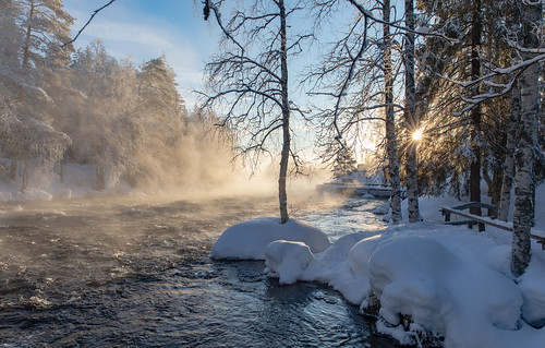 kuusamo käylä käylänkoski koski rapids river snow ice cold nature fog water forest tree morning sunrise sun