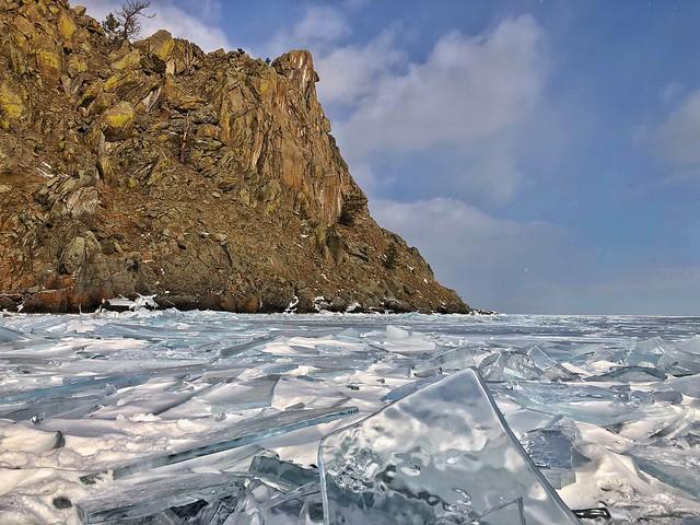 Lago Baikal en invierno