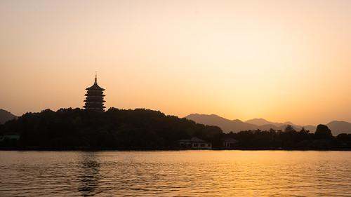 sunset lake landscape hangzhou china pagoda zhejiang peoplesrepublicofchina