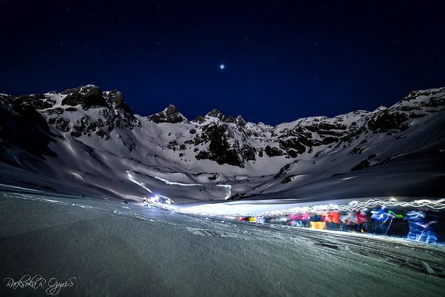 Raquetada nocturna al claro de luna llena en Fuente Dé Cantabria