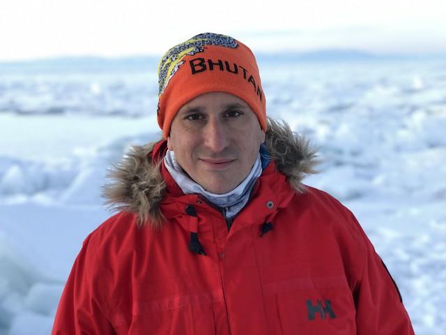 Sele en el Lago Baikal durante el invierno de 2020