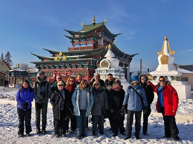 Grupo del viaje al Lago Baikal 2020 en Ivolginsky Datsan (Ulán-Udé, Rusia)
