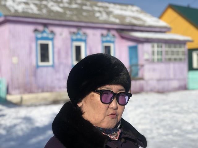 La guía buriata que tuvimos en la visita a Ivolginsky Datsan (Rusia)