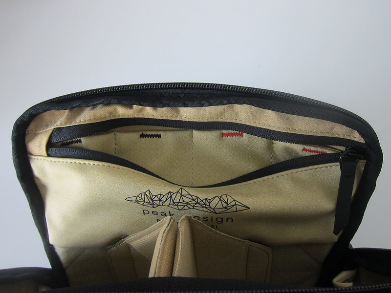Peak Design Everyday Sling (5L) - Inner Flap Compartment