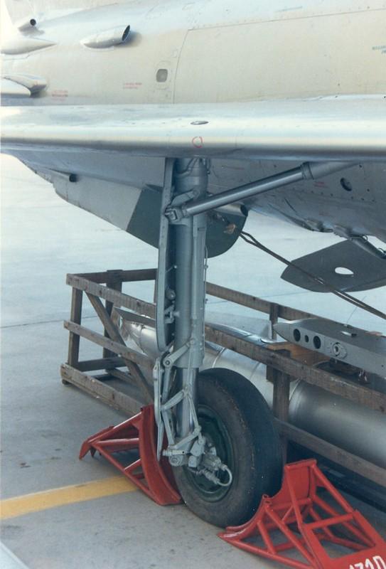 MiG-21F-F-13 Fishbed 3
