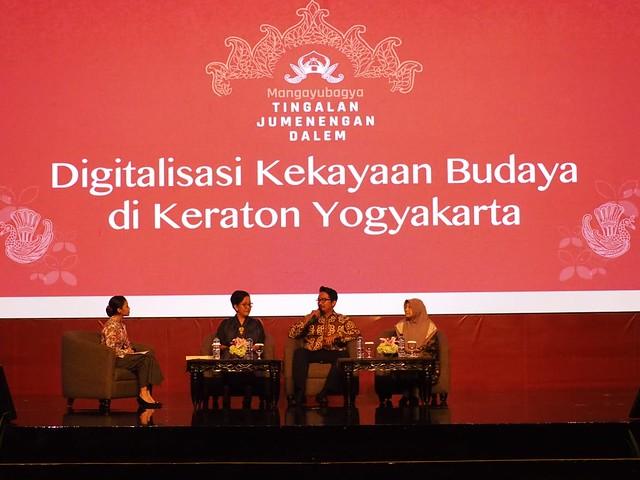 Simposium Kraton Jogja Hari ke2 di Hotel Ambarukmo