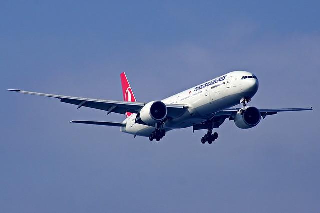 TC-JJO 777-3F2(ER) Turkish   Estambul Atatürk 22-10-16