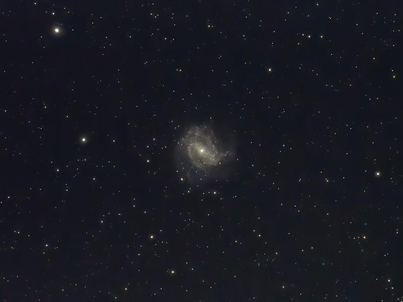M83 (2019/3/9 01:26) (DeNoise AI 15/0/10)