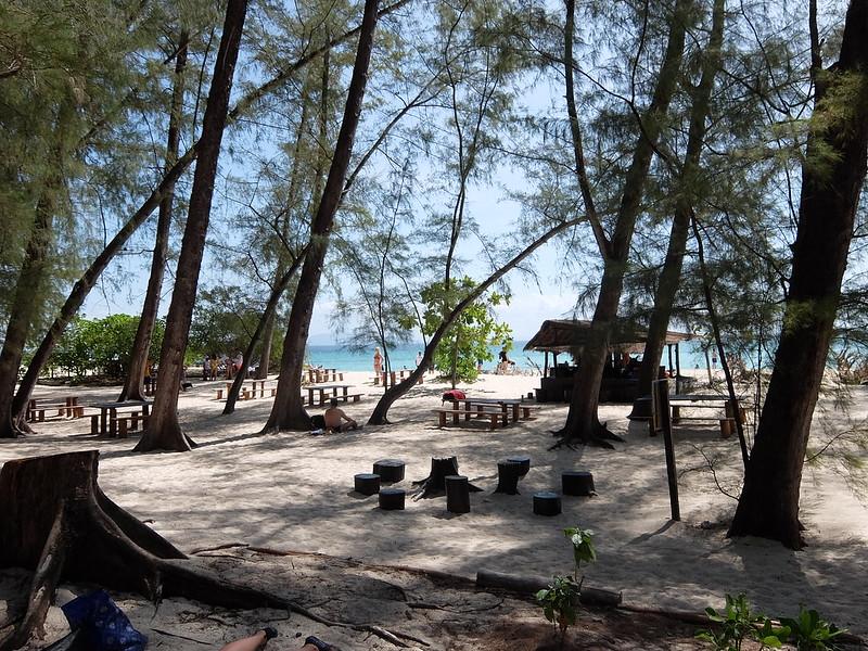 Остров Бамбу - Кафе