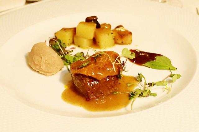 Black pig and chestnut, Degust'Ar, Evora