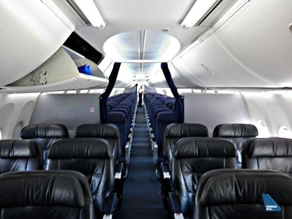 Copa Airlines B737-800 cabina antigua (RD)