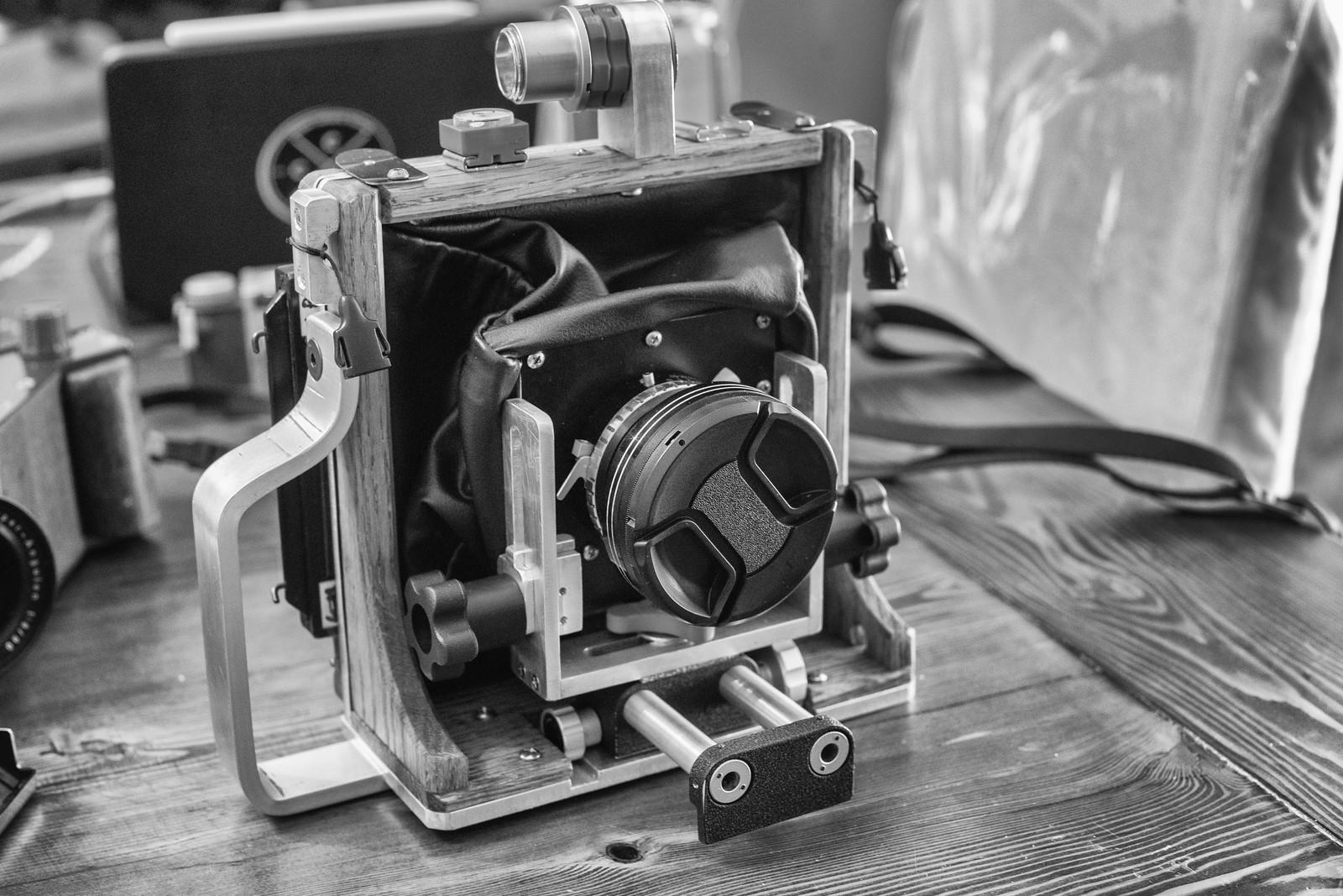 Episode 76 - DIY: 'Zines & Cameras