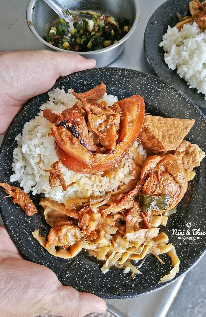烏日美食 阿春爌肉飯 小吃09