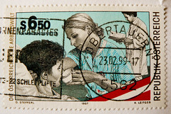 **thanks to healthcare** great stamp Austria 6.50 Schilling (Gesundheitswesen, healthcare, servizio sanitario, santé, sjukvården, 医疗保健, cuidados de saúde, cuidado de la salud, здравоохранение, 건강 관리) postage postzegel timbres Autriche Österreich