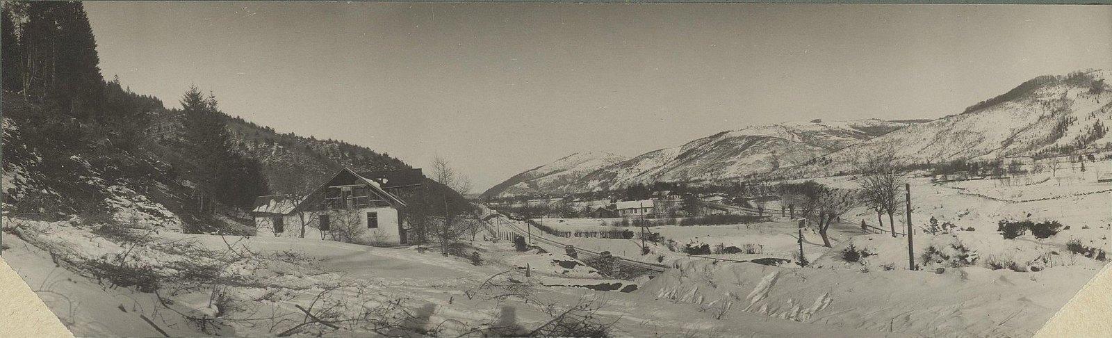 1915. Село Дора