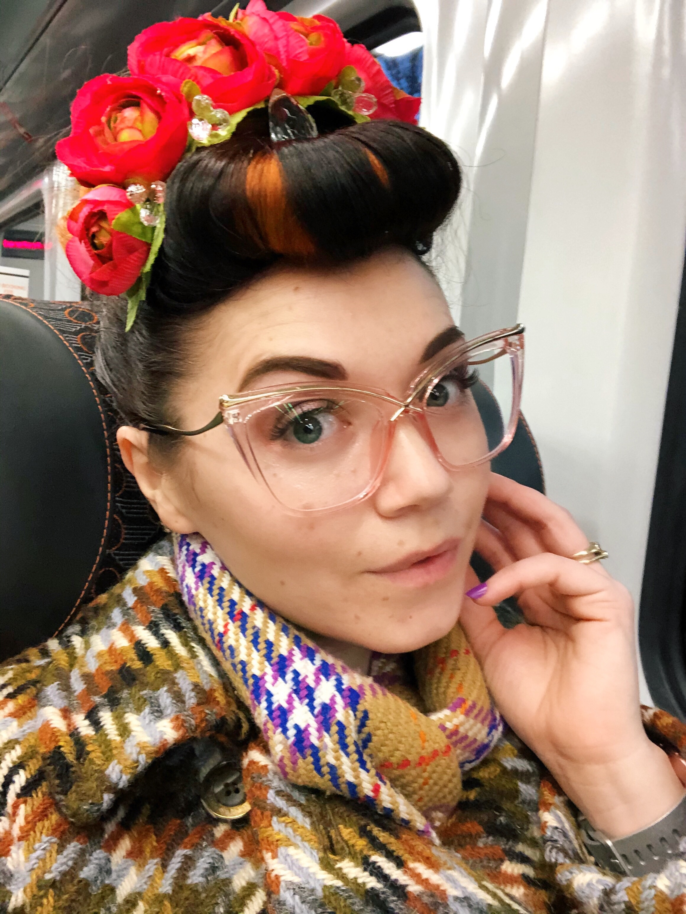 Pin it up - a flower crown in your hair