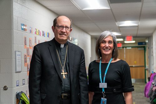 Bishop Walkowiak visits St. Robert Catholic School