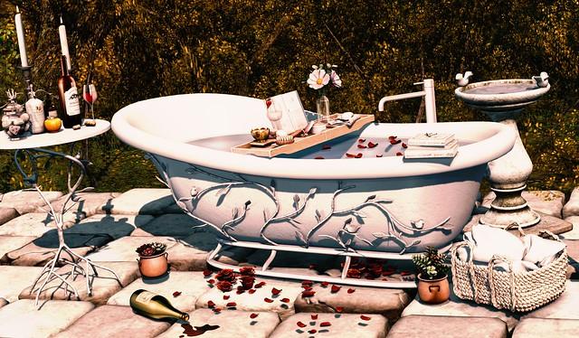 Tiffany Tub & Table