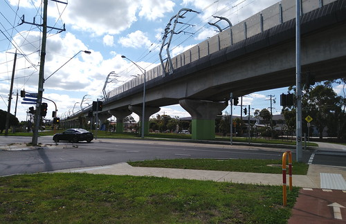 Skyrail at Centre Road, Clayton South