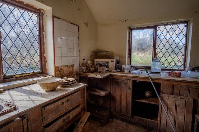 A40 Cottage