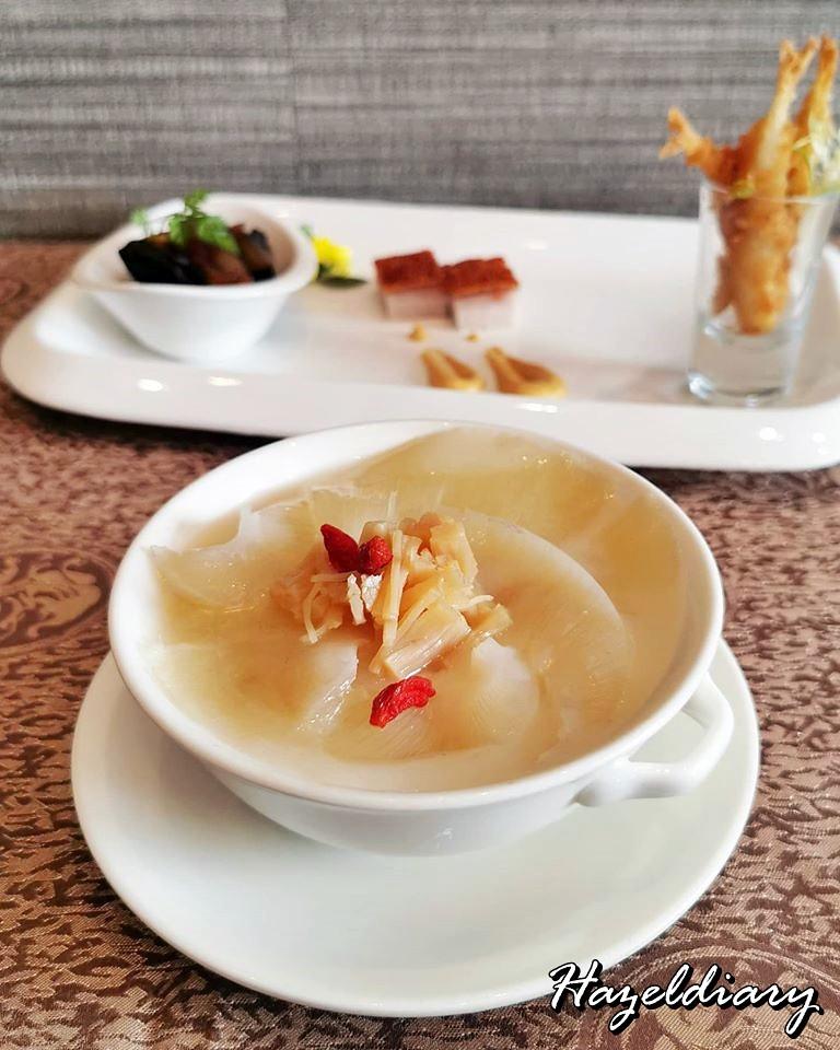 Taste Paradise-Double-boiled Shredded Shark's Fin in Shark's Cartilage Soup