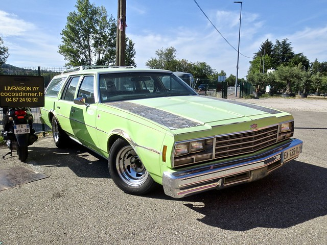 1977 CHEVROLET Impala Wagon 6th Generation Model 1978