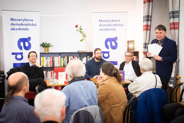 Představení knih Tajnosti levice a Sametová budoucnost? | Praha