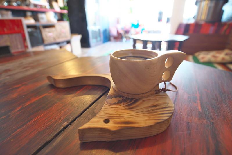 CAFE & BAR CAMPFIRE カフェアンドバー キャンプファイヤー