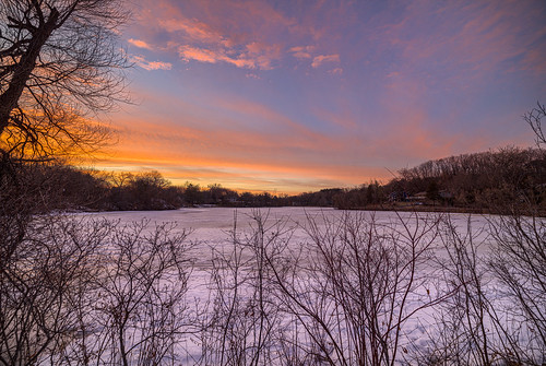 minnetonka minnesota wing lake canon eos 5ds 5dsr 14mm rokinon sp 24 wide angle landscape hdr sns hdri trees sky horizon sunset colors snow frozen cold bare water spring mn