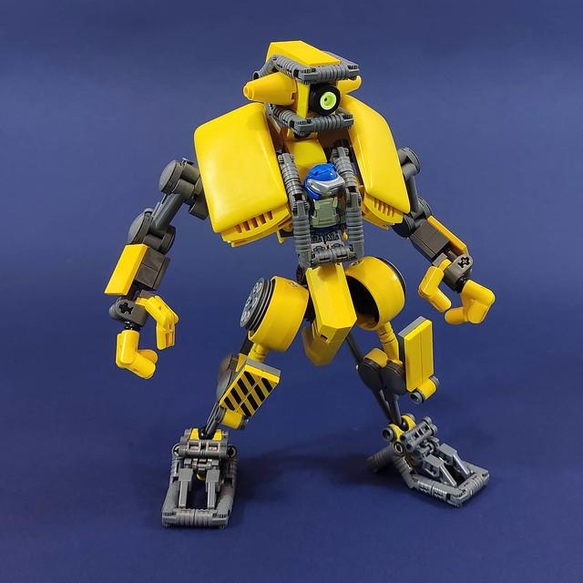 LEGO mech mecha